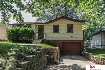 Photo of 6716 S 49 Street Omaha, NE 68117