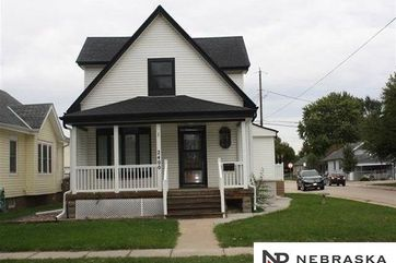 Photo of 2400 AVE F Council Bluffs, IA 51501
