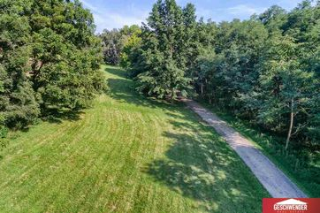 Photo of 11415 Calhoun Road Omaha, NE 68152