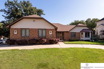Photo of 16332 Western Avenue Omaha, NE 68118