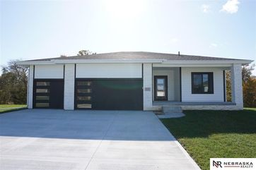 Photo of 5157 Clearwater Drive Papillion, NE 68133