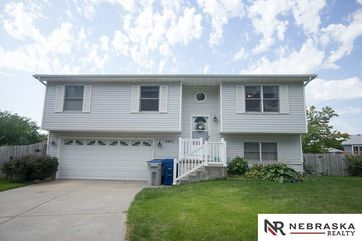 Photo of 2855 Homeland Place Lincoln, NE 68521