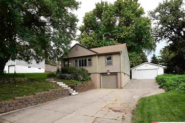 Photo of 8160 Browne Street Omaha, NE 68134