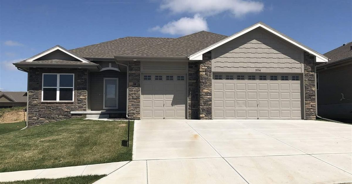 2014 Geri Circle Bellevue, NE 68147