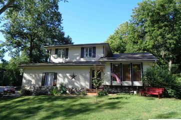Photo of 1114 Elizabeth Drive Plattsmouth, NE 68048