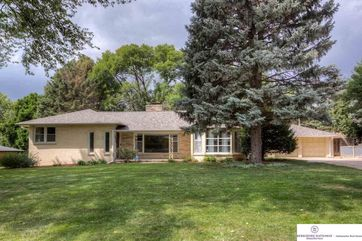Photo of 320 S 70 Avenue Omaha, NE 68132