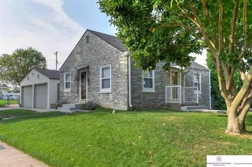 Photo of 3901 V Street Omaha, NE 68107