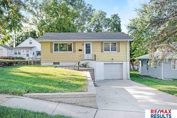 Photo of 6913 Bedford Avenue Omaha, NE 68104