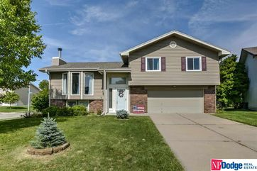 Photo of 15618 Decatur Circle Omaha, NE 68118-2378