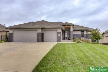 Photo of 8030 Swallowtail Street Papillion, NE 68046