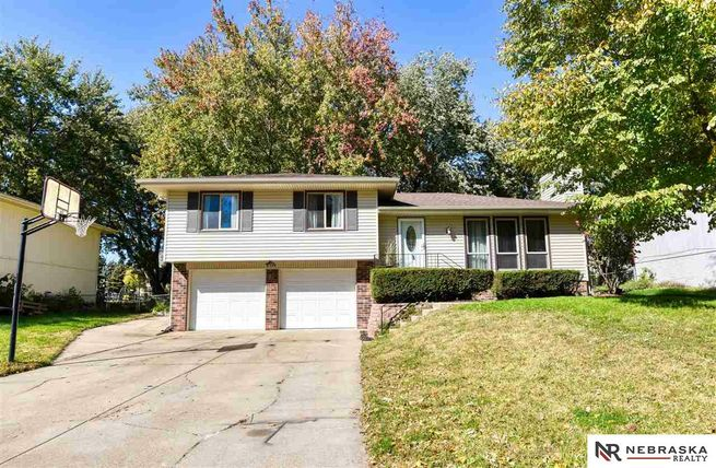 5724-S-152nd-Avenue-Circle-Omaha-NE-68137