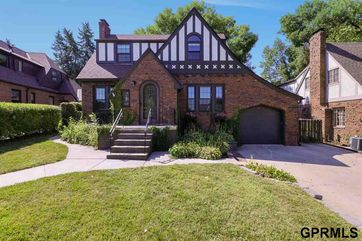 Photo of 5609 Western Avenue Omaha, NE 68132
