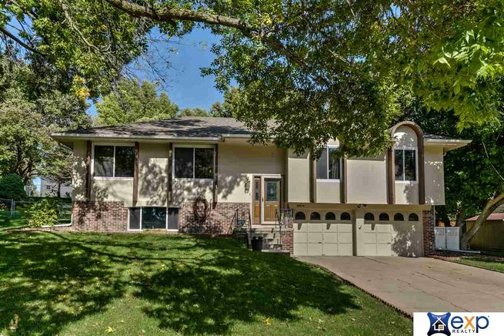 1404-St-Rapheal-Street-Bellevue-NE-68005