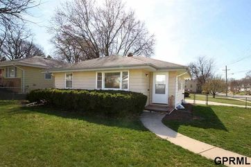 Photo of 5423 Poppleton Avenue Omaha, NE 68106
