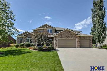 Photo of 6733 S Ridge Drive Lincoln, NE 68512