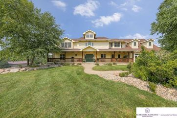Photo of 8404 Dutch Hall Road Omaha, NE 68122