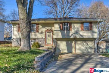 Photo of 14912 L Street Omaha, NE 68137