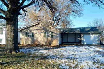 Photo of 12230 N Street Omaha, NE 68137