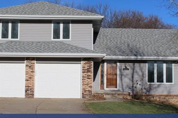 Photo of 15212 Dorcas Circle Omaha, NE 68144