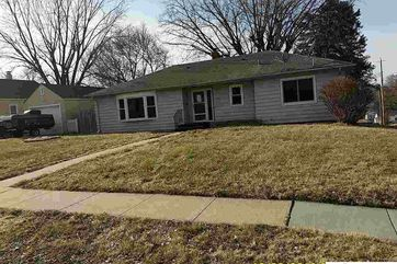 Photo of 6202 S 40 Street Omaha, NE 68107