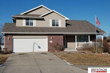 Photo of 15616 Timberlane Drive Omaha, NE 68136