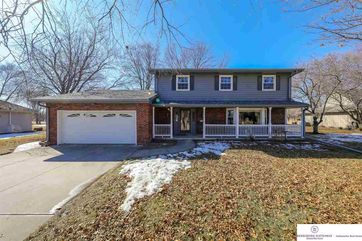 Photo of 5716 Oak Hills Drive Omaha, NE 68137