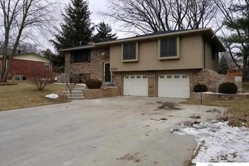 Photo of 5265 Oak Hills Drive Omaha, NE 68137
