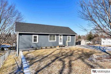 Photo of 5818 S 50th Street Omaha, NE 68117