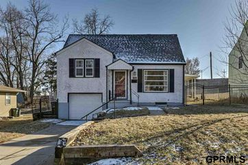 Photo of 8325 State Street Ralston, NE 68127