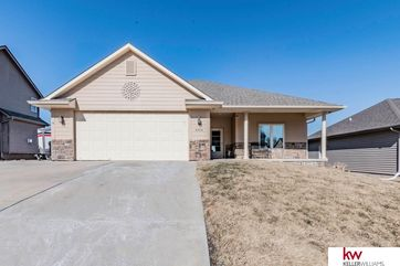 Photo of 4304 Edgerton Drive Bellevue, NE 68123