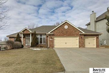 Photo of 17568 Pine Street Omaha, NE 68130