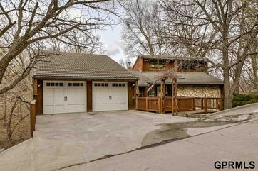 Photo of 703 Canyon Road Bellevue, NE 68005