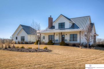 Photo of 2840 Pin Oak Road Plattsmouth, NE 68048