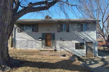 Photo of 14042 O Street Omaha, NE 68137