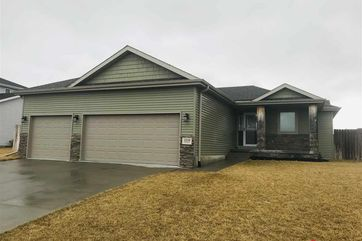 Photo of 1009 Autumn Road Hickman, NE 68372