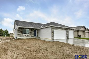 Photo of 931 Terrace View Drive Hickman, NE 68372