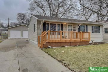 Photo of 12212 Pederson Drive Omaha, NE 68144