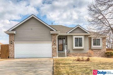 Photo of 105 S Fall Creek Road Papillion, NE 68133