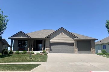 Photo of 3204 Gold Rush Road Council Bluffs, IA 51501