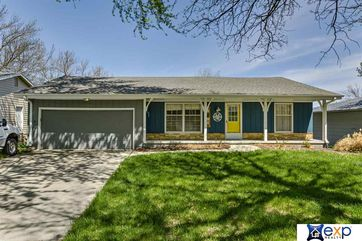 Photo of 14606 L Street Omaha, NE 68137