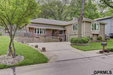 Photo of 409 Greenbriar Court Bellevue, NE 68005