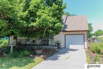 Photo of 820 Benton Street Lincoln, NE 68521