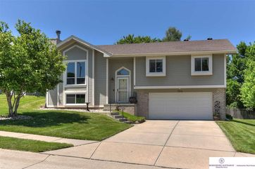 Photo of 15816 Louis Drive Omaha, NE 68118