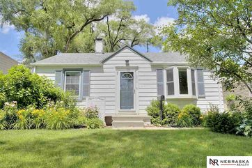 Photo of 5834 Oak Street Omaha, NE 68106