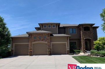 Photo of 7914 Shadow Lake Drive Papillion, NE 68046