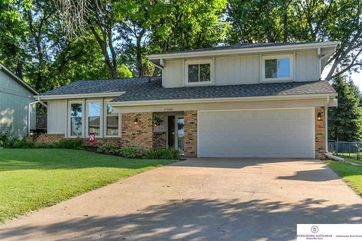 Photo of 11348 Raleigh Drive Omaha, NE 68164