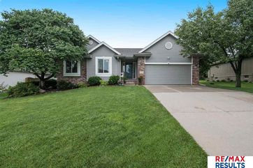 Photo of 15104 Sherwood Avenue Omaha, NE 68116