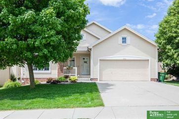 Photo of 9702 S 27 Avenue Bellevue, NE 68123