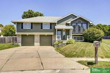 Photo of 15308 Ohio Circle Omaha, NE 68116