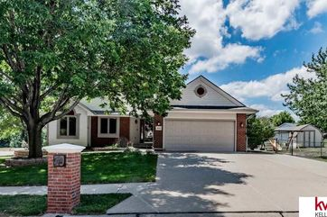 Photo of 8126 S 49th Avenue Omaha, NE 68157
